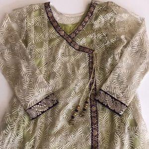 Women's Indian Pakistani fancy suit size L